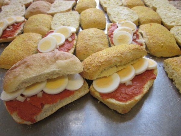 broodjes Bakkerij De Hoop Brood en Banket