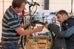 dagbesteding leerwerkbedrijf werkvisie de hoop fietsenmakerij