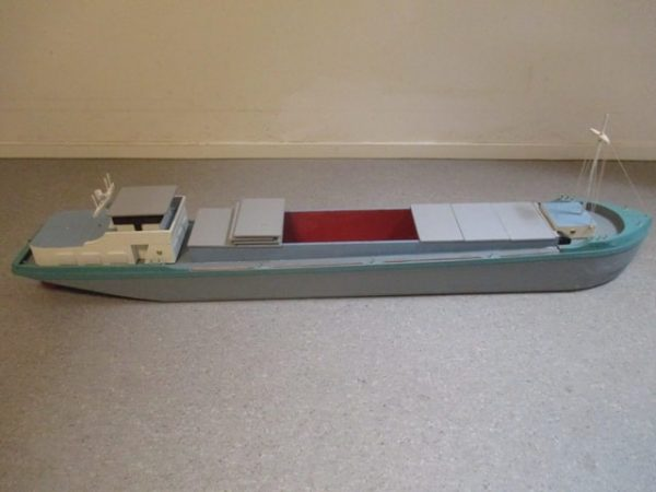 Meubelmakerij scheepsvloot 37