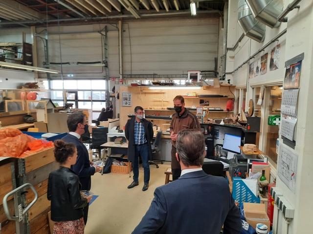 SGP op bezoek bij Werkvisie De Hoop Meubelmakerij