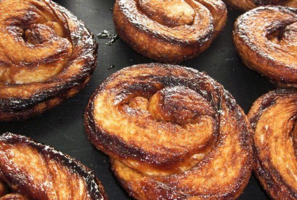 Bolussen (vanaf 20 stuks) - Bakkerij De Hoop Brood en Banket