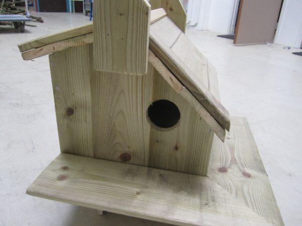 Luxe eekhoornhuis eekhoornhok met ombouw (45x35x35cm) - De Hoop Meubelmakerij