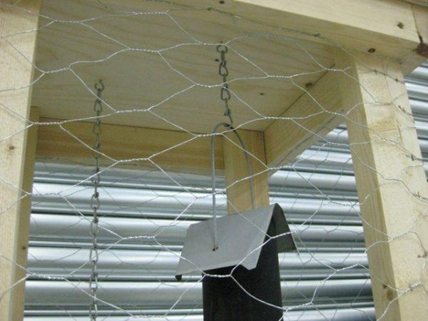 Vogelvoeder beschermkooi 7